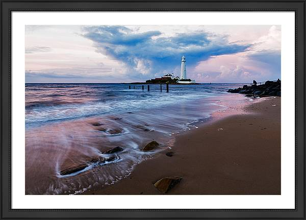 Framed print of Saint Mary's Lighthouse, Whitley Bay