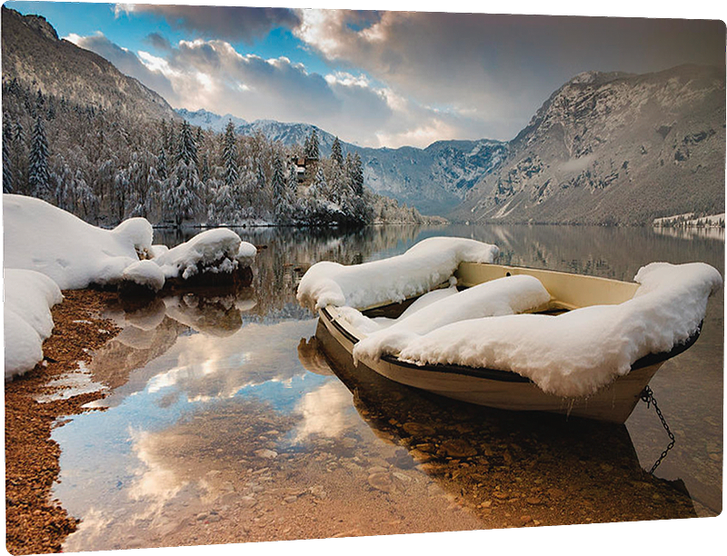 Lake Bohinj on a winter day - metal photo print example